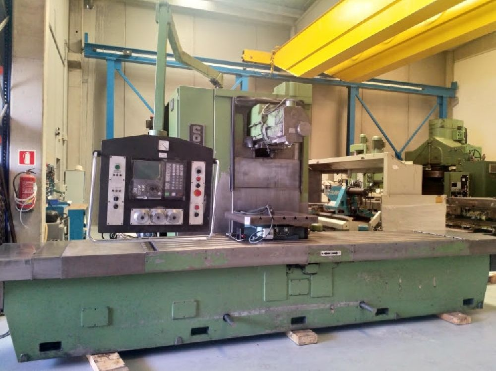 CORREA A35/30 CNC BED MILLING MACHINE WITH 4TH AXIS (3 X 1 X 1M)