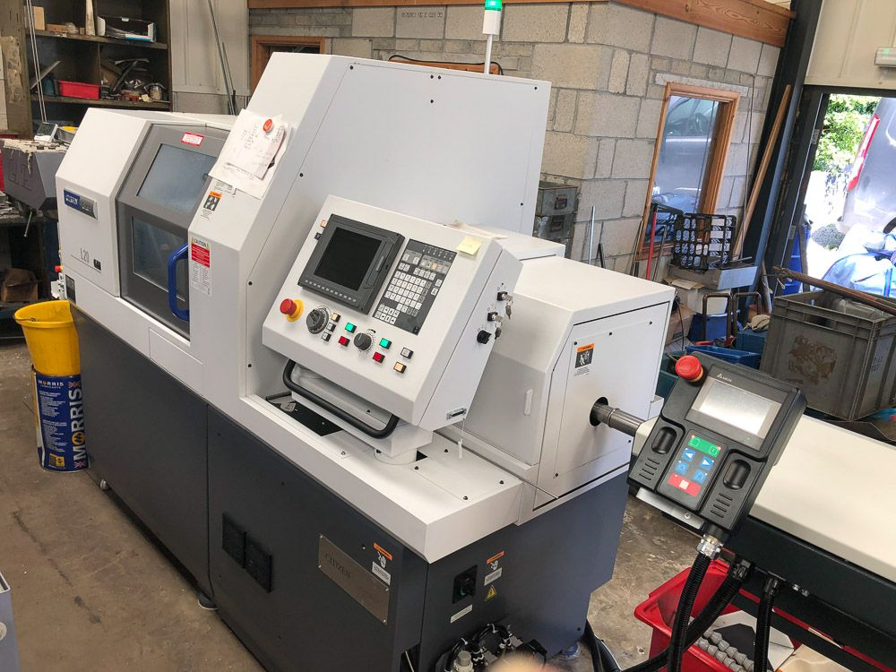 CITIZEN L20 VIII LFV CNC SWISS TYPE SLIDING HEAD AUTOMATIC LATHE (25MM CAPACITY)