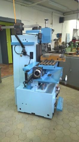 ACIERA F4 PRECISION WORKSHOP MILLING MACHINE WITH DRO