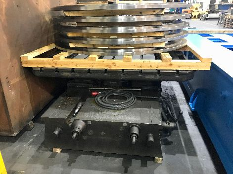 WMW ROTARY TABLE (2.3 X 2M WITH X TRAVERSE 1.6M)